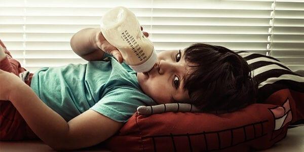 Masalah Anak Tak Nak Lepaskan Botol Susu
